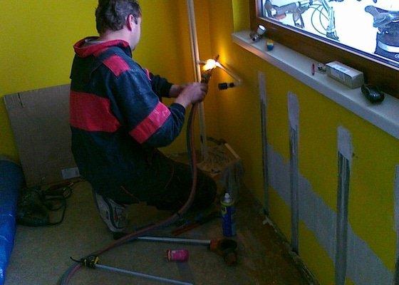 Výměna 5ti radiátorů v panelovém domě