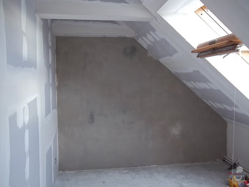 Rekonstrukce podkrovního pokoje: 104_0424