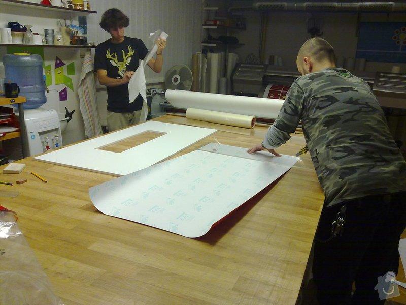 Výroba atypického stolu ve tvaru střechy: 20092011234