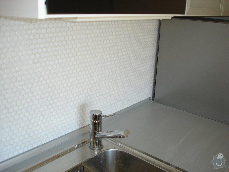 Nový obklad pod kuchyňskou linkou: DSC09707