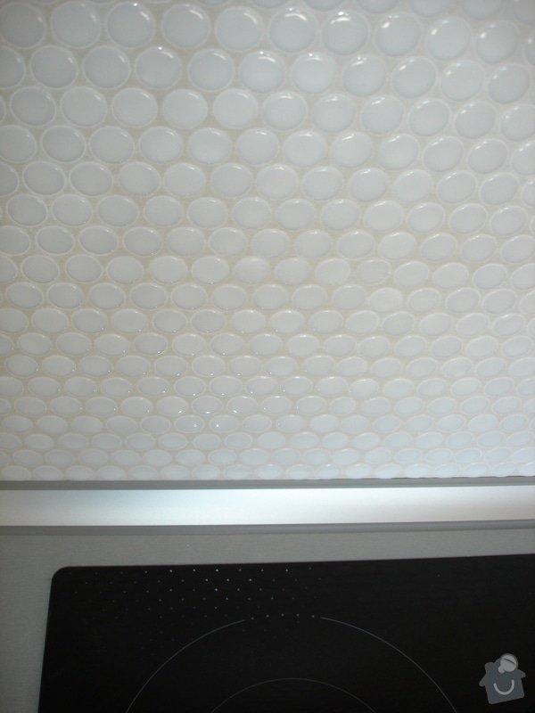 Nový obklad pod kuchyňskou linkou: DSC09708