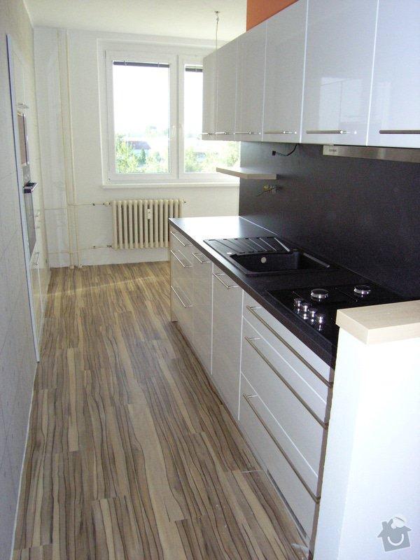 Kuchyňská linka: P8111620_a