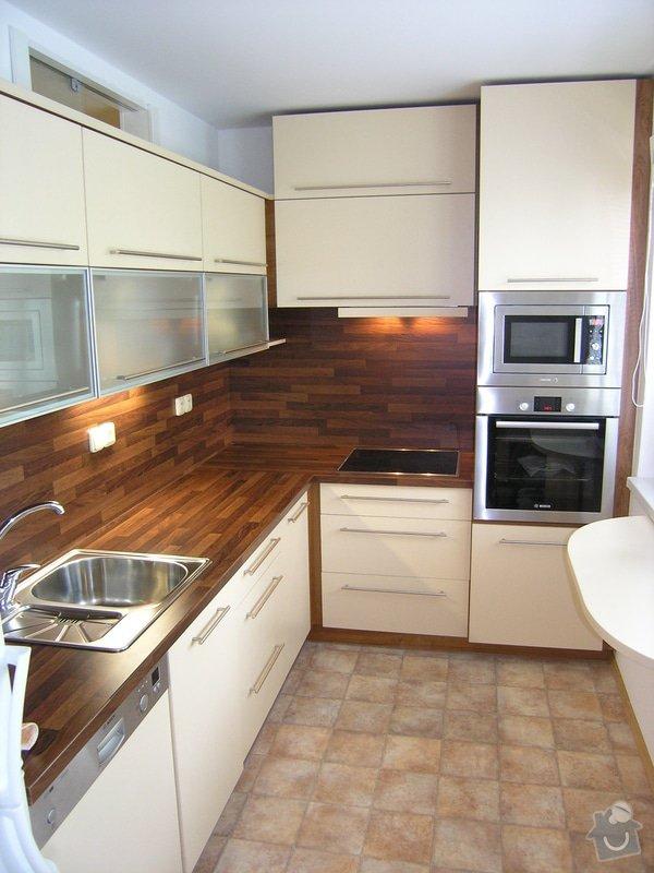 Kuchyně, vest. skříň: P6260988