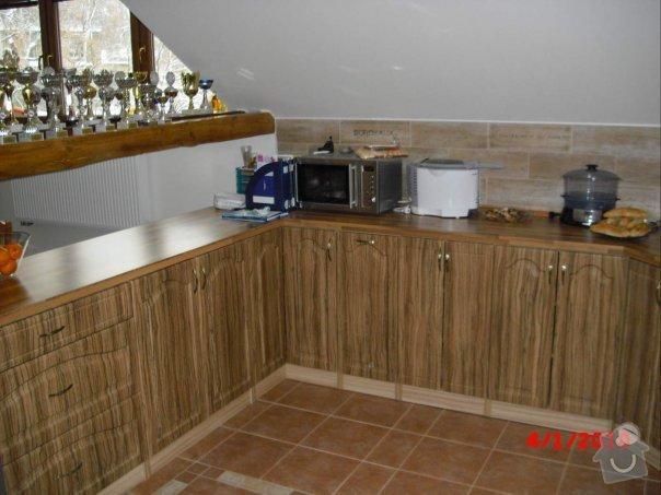 Kuchyňská linka do podkrov: kuchyn_petraa