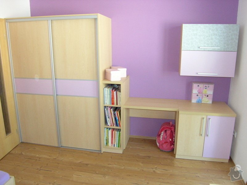Dětský pokoj: P8231628
