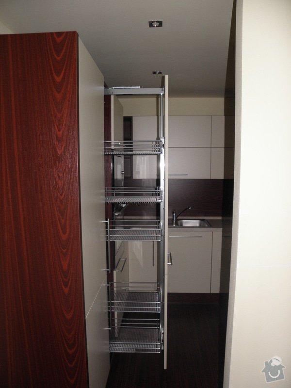 Rekonstrukce celého bytu 3+1 a výroba kuchyně, : P9279283