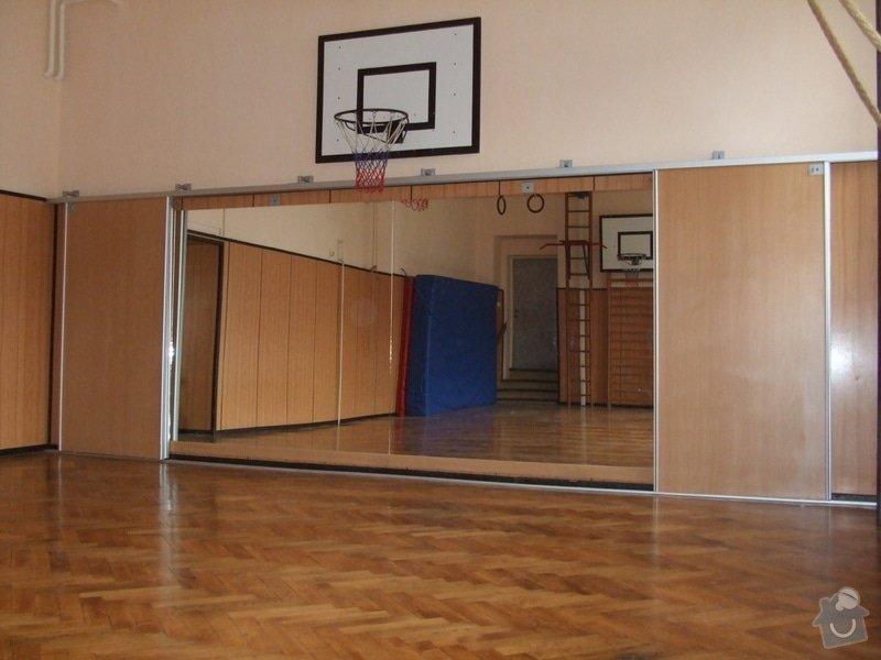 Zákryt zrcadel v tělocvičně: DSCF2079