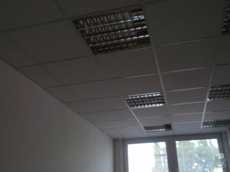 Minerální podhledy 7000 m2 a osvětlení 1300ks.: P7121683