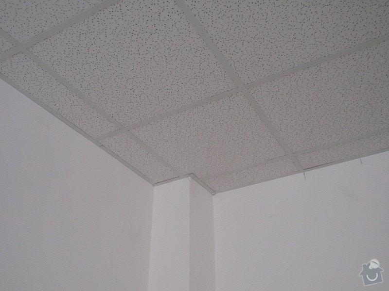 Minerální podhledy 7000 m2 a osvětlení 1300ks.: P7121686