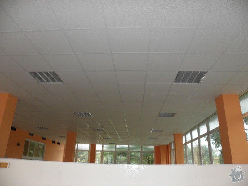 Minerální podhledy 7000 m2 a osvětlení 1300ks.: P8158621