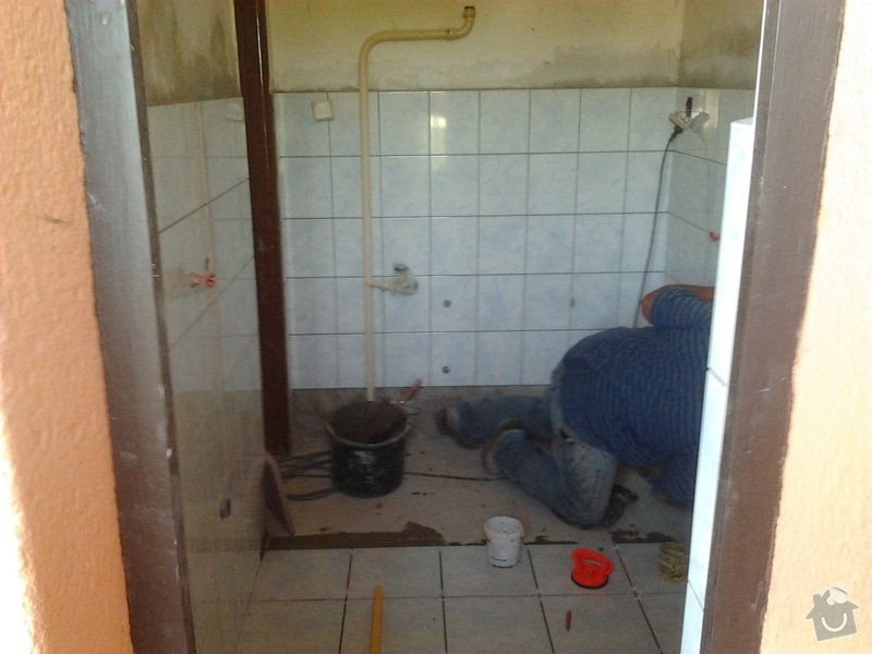 Rekonstrukce koupeny bez malování: Dolni_Cermna_koupelna_3_
