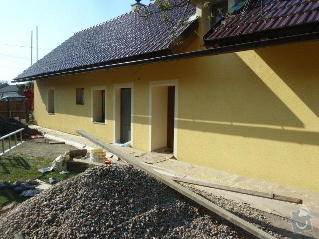 Oprava fasády, zámková dlažba: P1040370