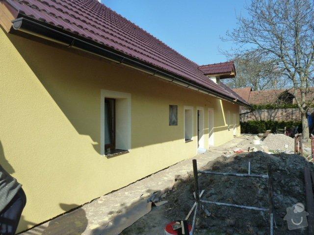 Oprava fasády, zámková dlažba: P1040371