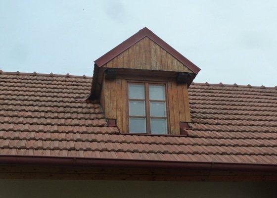 Nátěry klempířských konstrukcí, podbití střechy, zednické práce