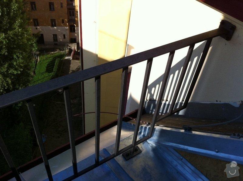 Klempířské práce, oplechování části terasy, cca 4m2.: vyroba-kovoveho-zabradli-cca-250cm_IMG_0986