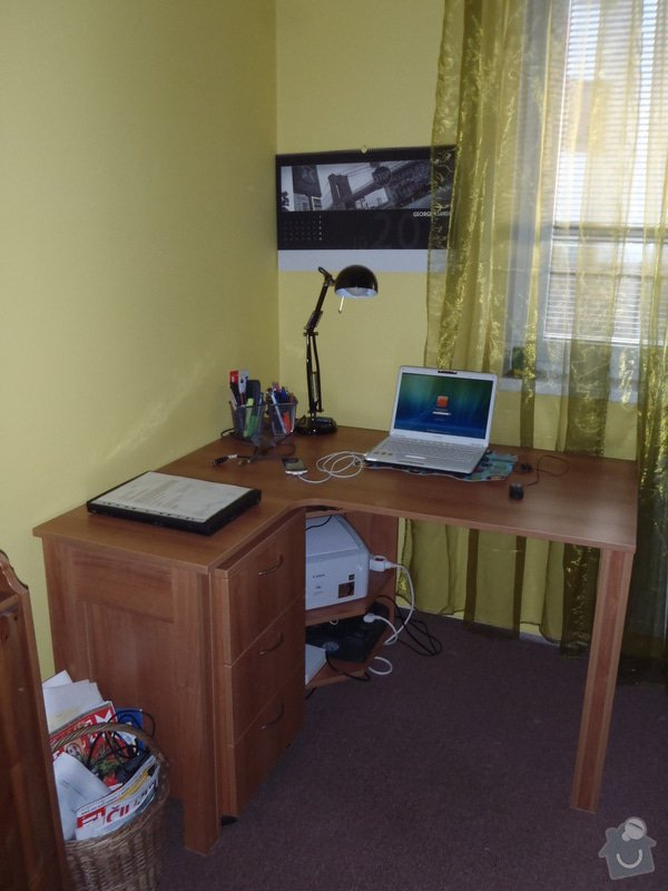 Pracovní + PC stůl na zakázku: PA152515