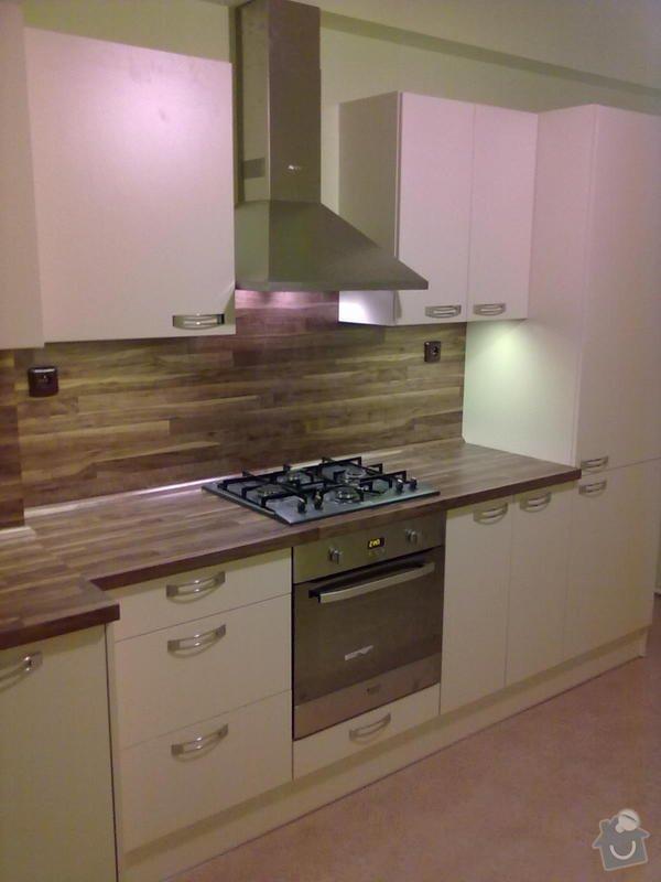 Výroba + montáž kuchyňské linky: 20102011308
