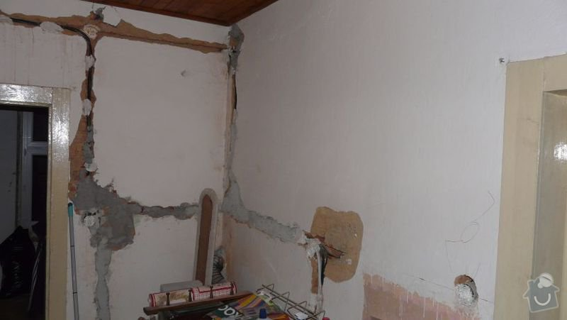 Zednické začištění oken (9), oprava vnitřních omítek (56m2): pokoj01