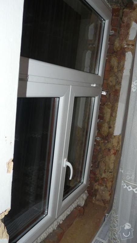 Zednické začištění oken (9), oprava vnitřních omítek (56m2): okno