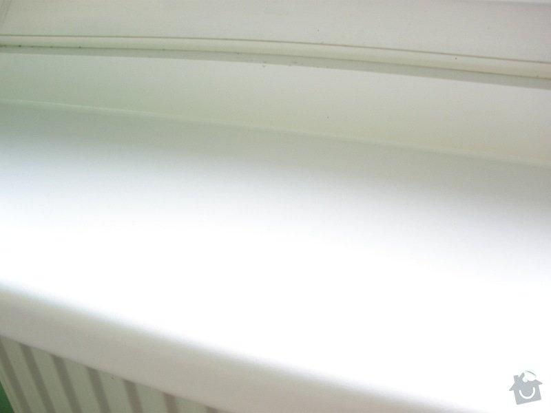 Dodávka a montáž parapetů a žaluzií: PA130428