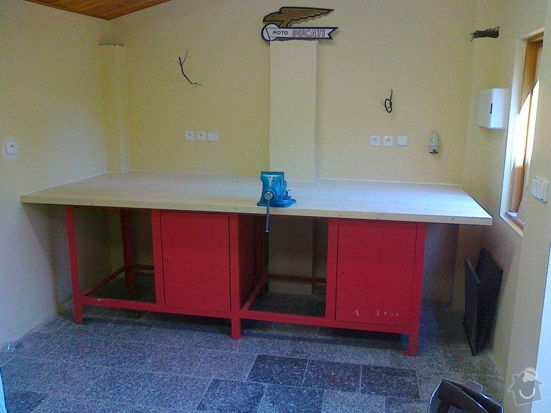 Pracovní deska, dveře do stodoly: 01102011186