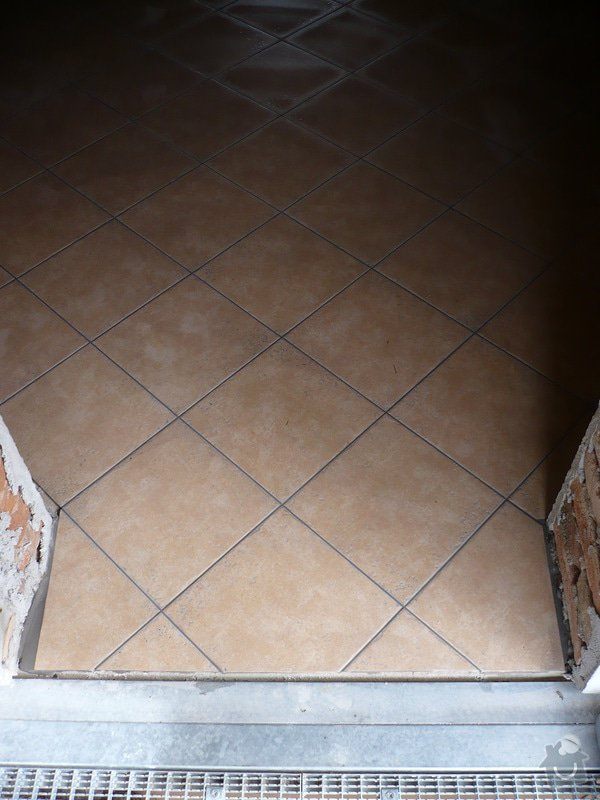 Zhotovení SDK a keramické dlažby.: P1030675