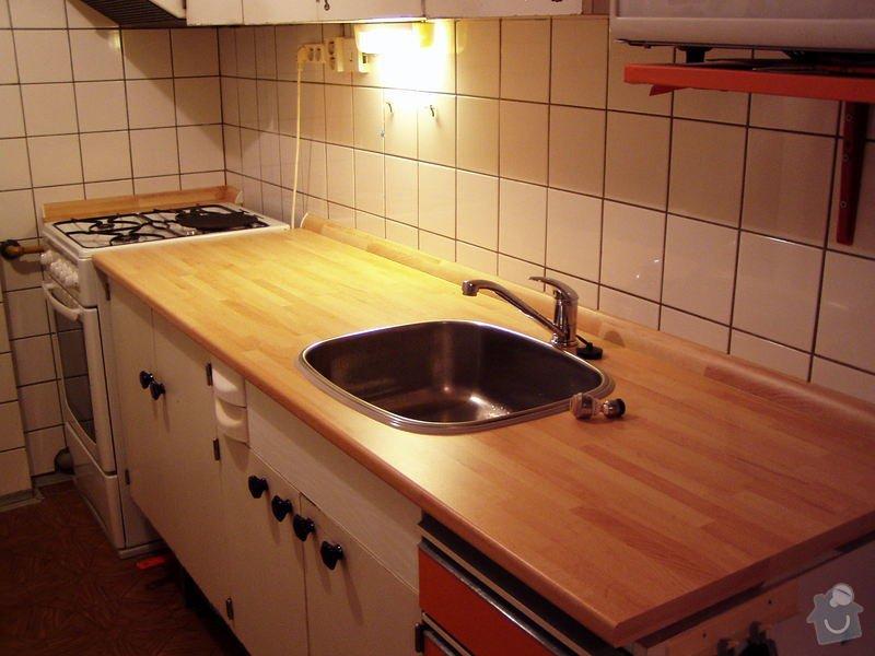 Obnova panelákové kuchyňské linky: PB201040