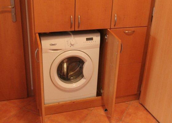Vestavěná skříň na míru pro pračku