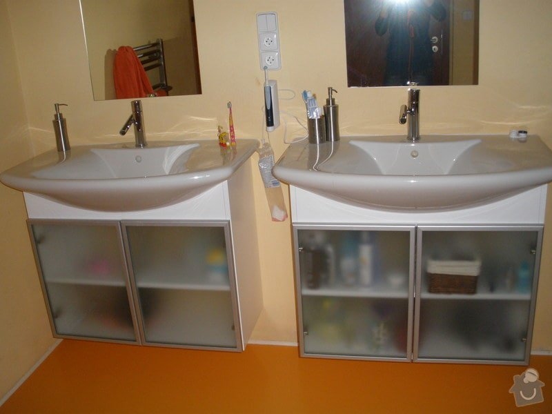 Výroba nábytku na míru: PC140054
