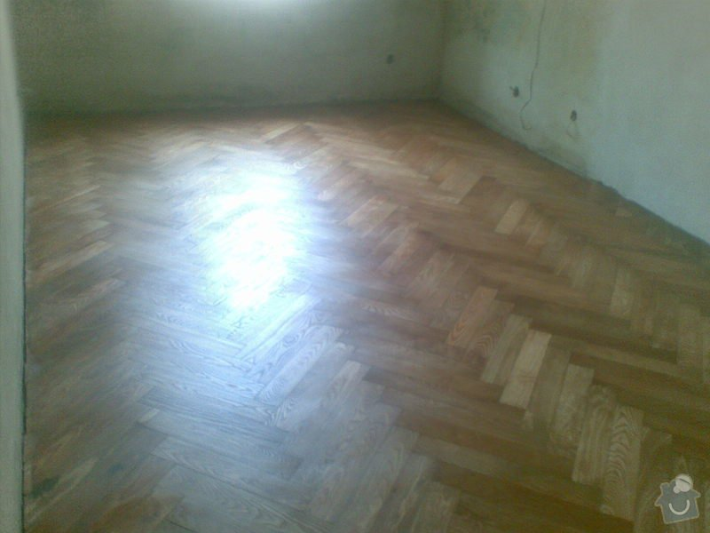 Přebroušení a následné olejování staré jasanové podlahy: 27082010_001_