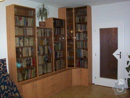 Prosklená knihovna s úložným prostorem a rohová police: Knihovna_lamino_ol_e
