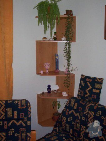 Prosklená knihovna s úložným prostorem a rohová police: Rohov_otev_en_poli_ka_lamino_ol_e