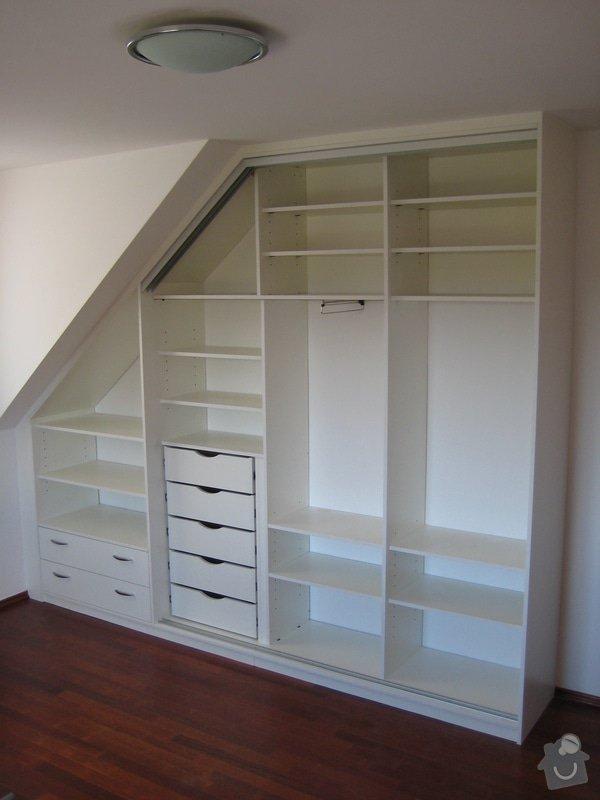Vestavné skříně v podkorví: IMG_1490