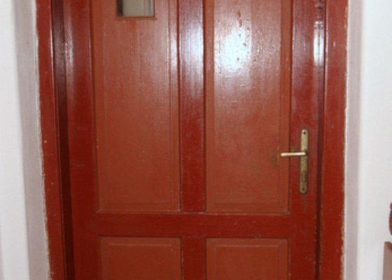 Historická dřevěné okno a dveře na chalupu