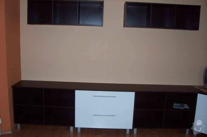 Výroba obývací stěny: 100_3838