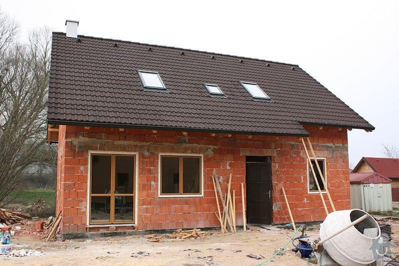 Položení střechy: dum-1862