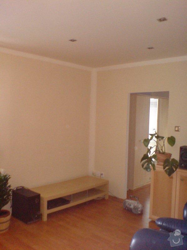 Malování, sádrokartonový strop s bodovkami, sádrokartononová příčka: DSC01590