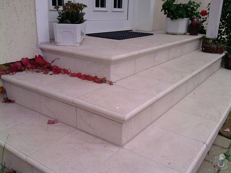 Plot z ztraceného bed. + obložení schodů: P290910_16.52__02_