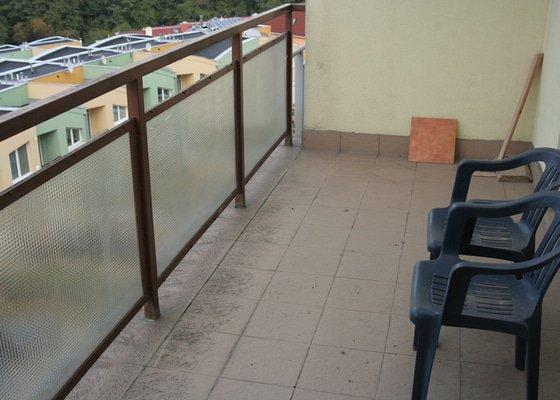 Výměna dlažby včetně izolace na terase 2 x 5 m