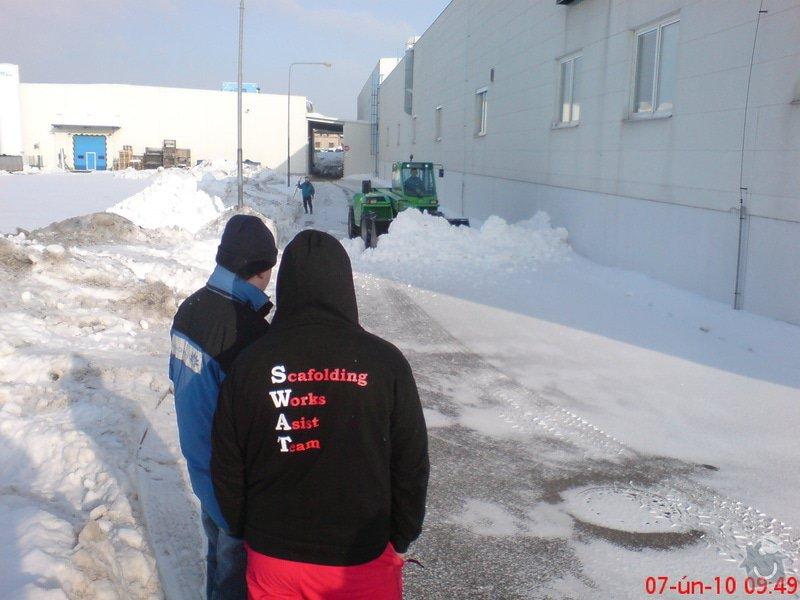Úklid sněhu: DSC00501