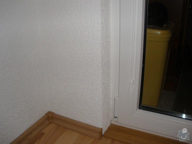 Dodávka a montáž PVC oken REHAU,parapetů,žaluzií včetně zednických prací: P2060089