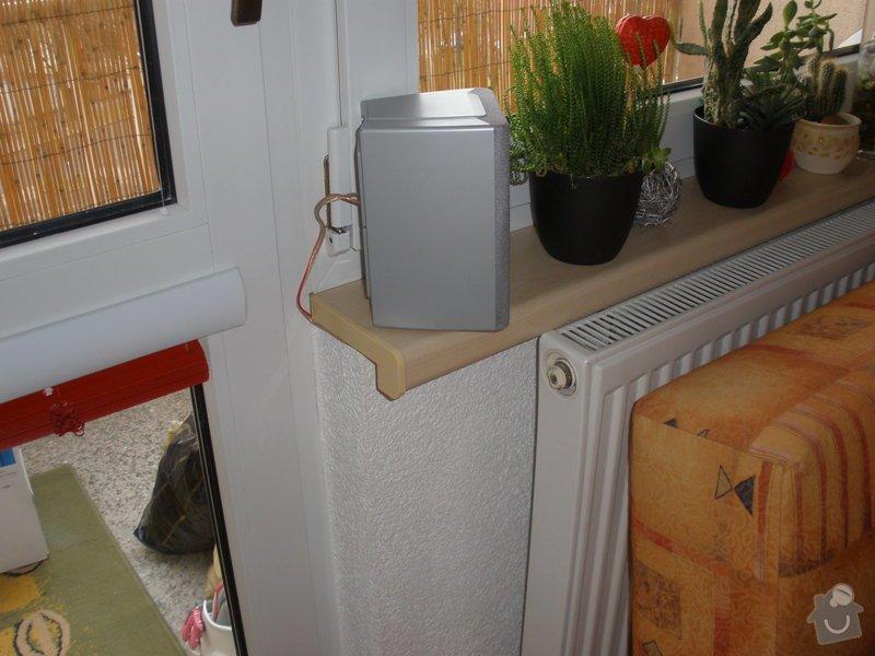 Dodávka a montáž PVC oken REHAU,parapetů,žaluzií včetně zednických prací: P2060082