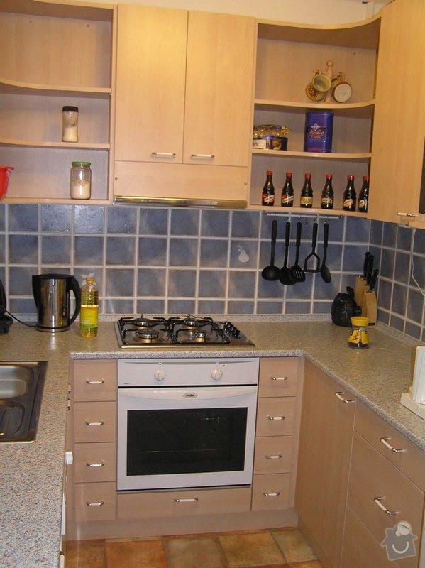 Kuchyňský kout do U: kuch35