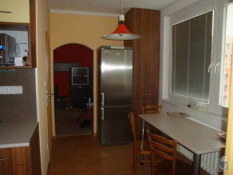 Kuchyňská linka a spížka: spolecne_002