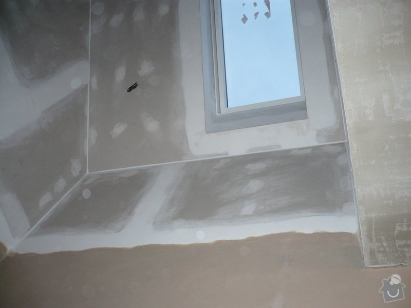 Zateplení a montáž sádrokartonu v podkroví.: P1040252