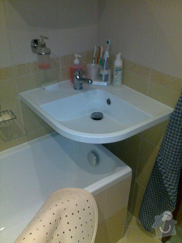 Rekonstrukce koupelny: b