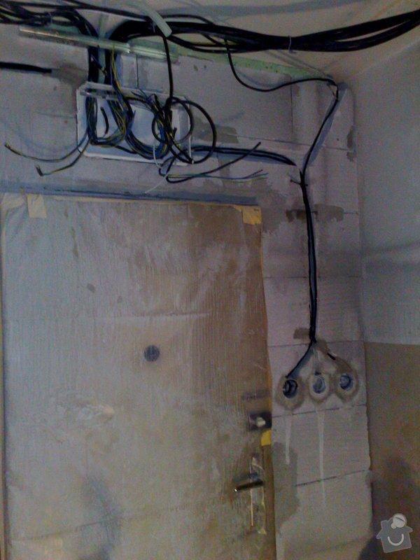 Rekonstrukce panelového bytu vč.soc.zař.: 131020092794