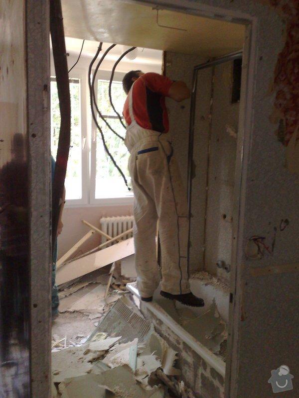 Rekonstrukce panelového bytu vč.soc.zař.: 210920092602