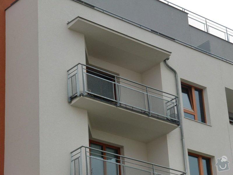 Zábrany na balkón: balkon_pred