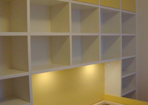 Ložnice / vestavěná skříň na míru
